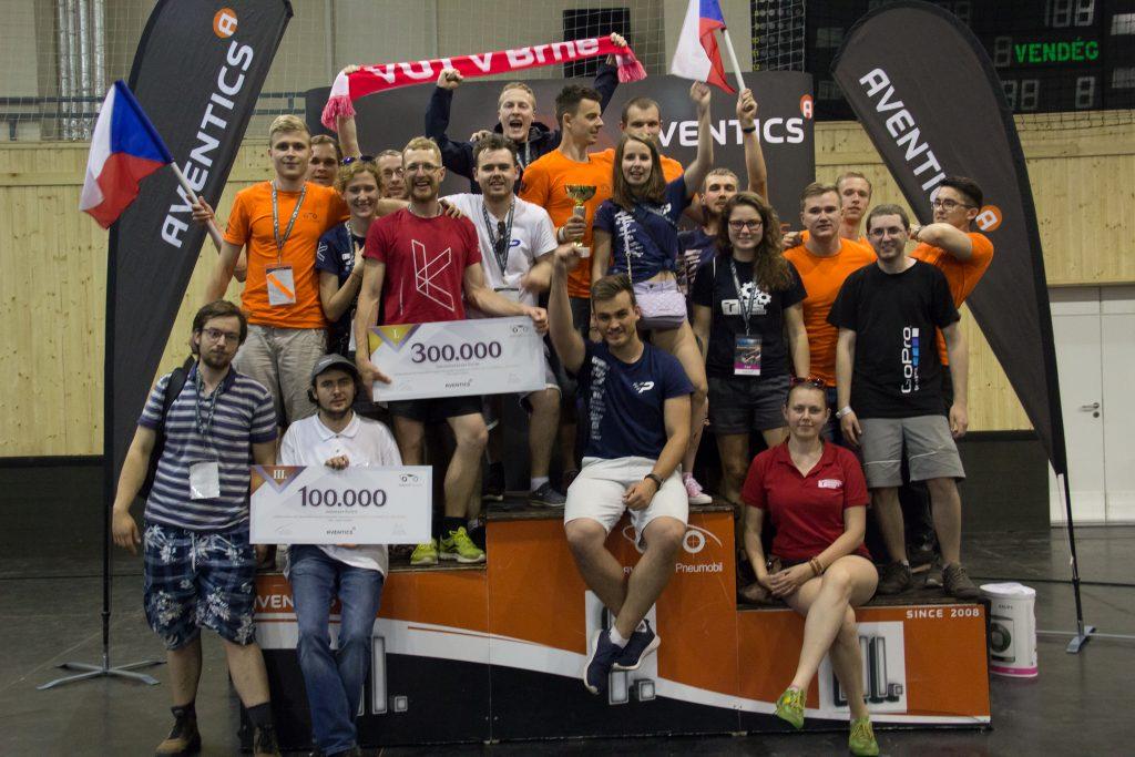 https://www.novinky.cz/veda-skoly/472105-pneumobily-studentu-brnenske-techniky-porazily-evropskou-elitu.html